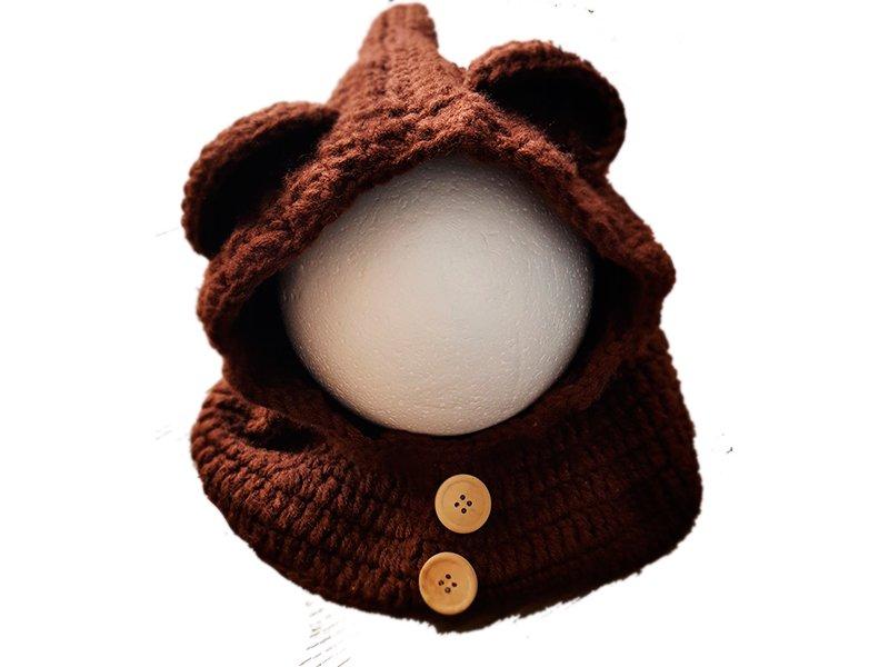 Cuello con capucha de oso
